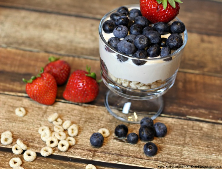 Fruit & Yogurt Parfait